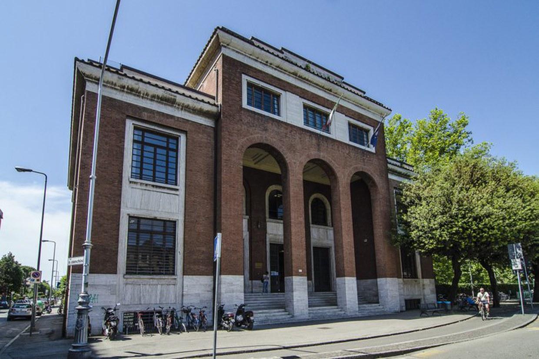 Sede della Scuola Copyright 2015 AlmaMaterStudiorum - Università di Bologna Via Zamboni 33 40126 Bologna P.I. 01131710376