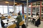 """Sala della Biblioteca Centrale """"Roberto Ruffilli"""" Copyright 2015 Alma Mater Studiorum - Università di Bologna Via Zamboni 33 40126 Bologna P.I. 01131710376"""